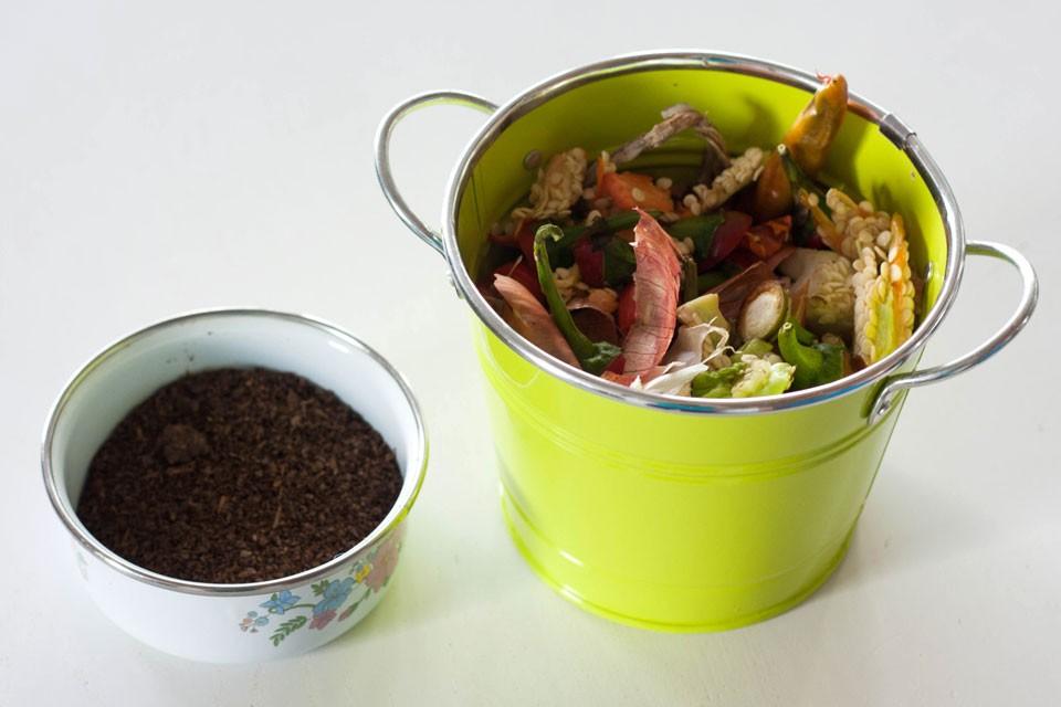aktivator-komposta- efektivnimi- mikroorganizmi