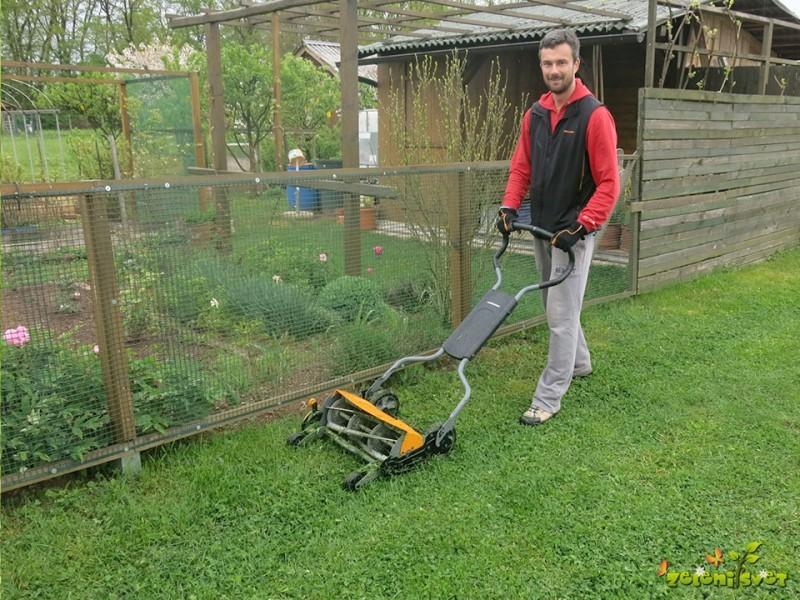Okolju prijazna košnja in odstranjevanje  plevelov