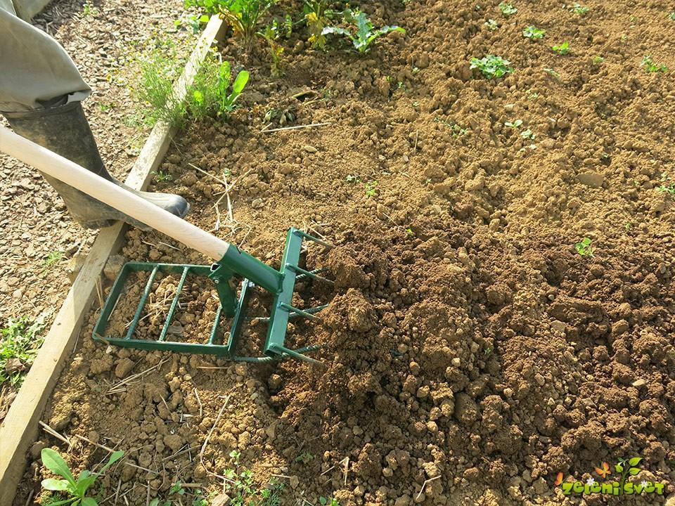 ruske vile za globoko rahljanje tal