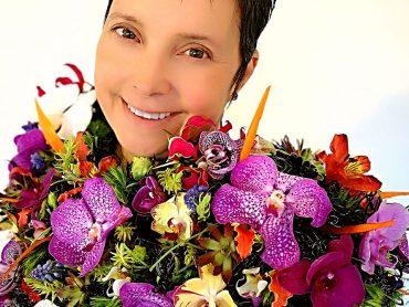 Kako naredimo domač cvetlični nakit?