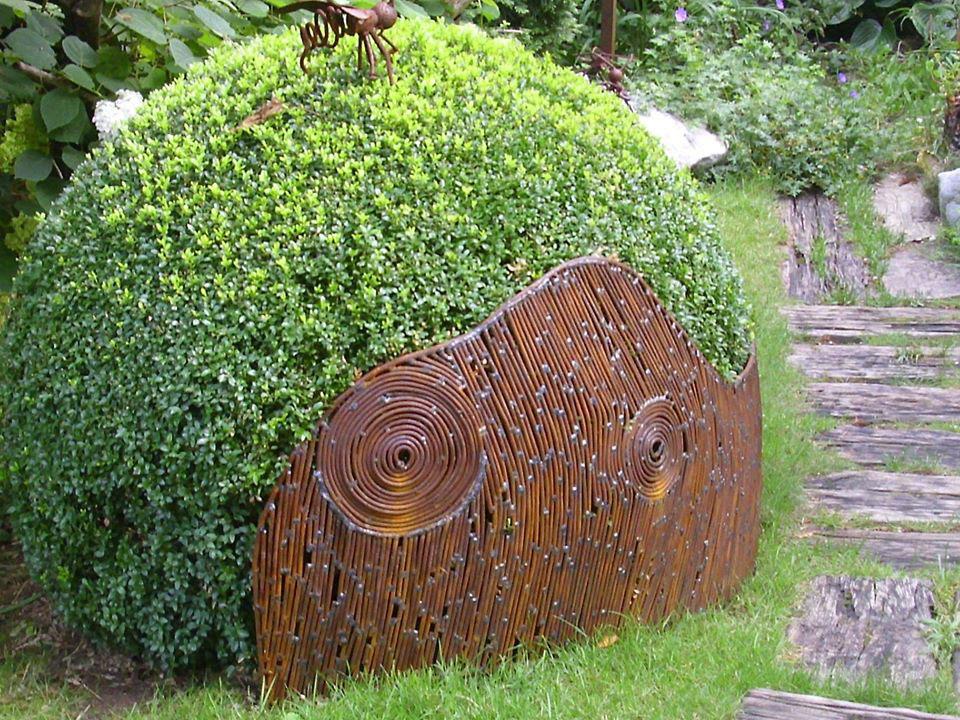 Vrt Ramazzotti v Vnanjih Goricah in prekrasne skulpture