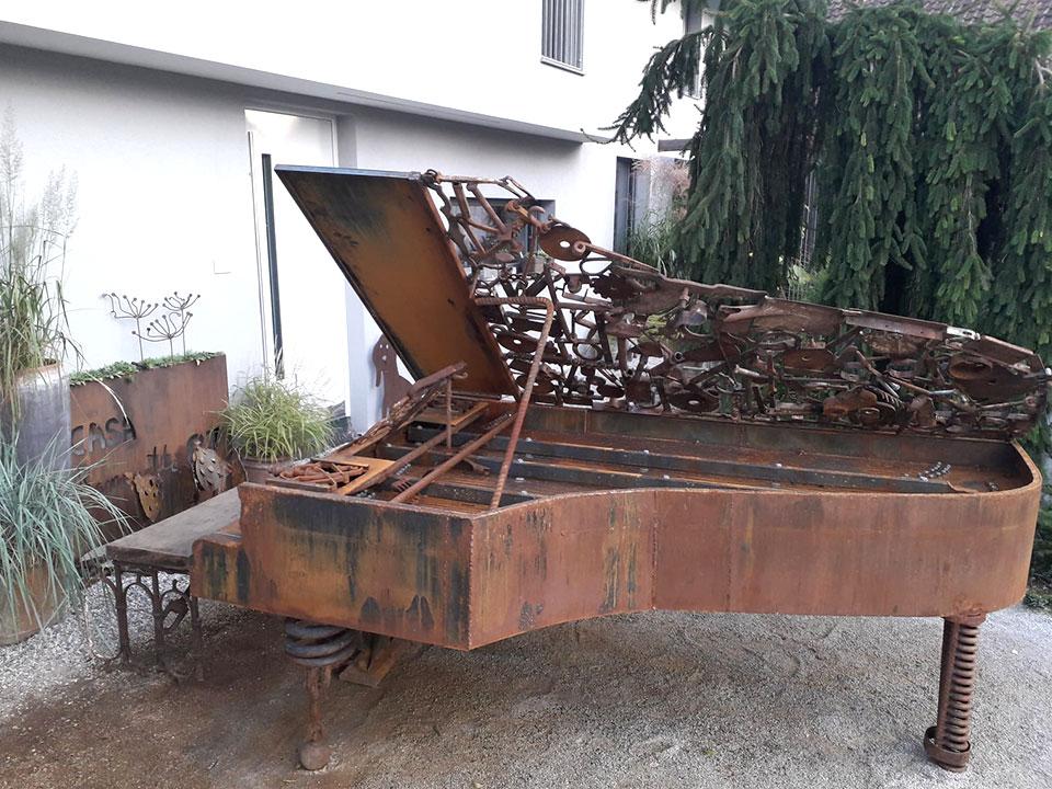 železen klavir