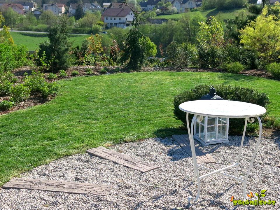 Setev trave za lep vrt v samo 7 korakih