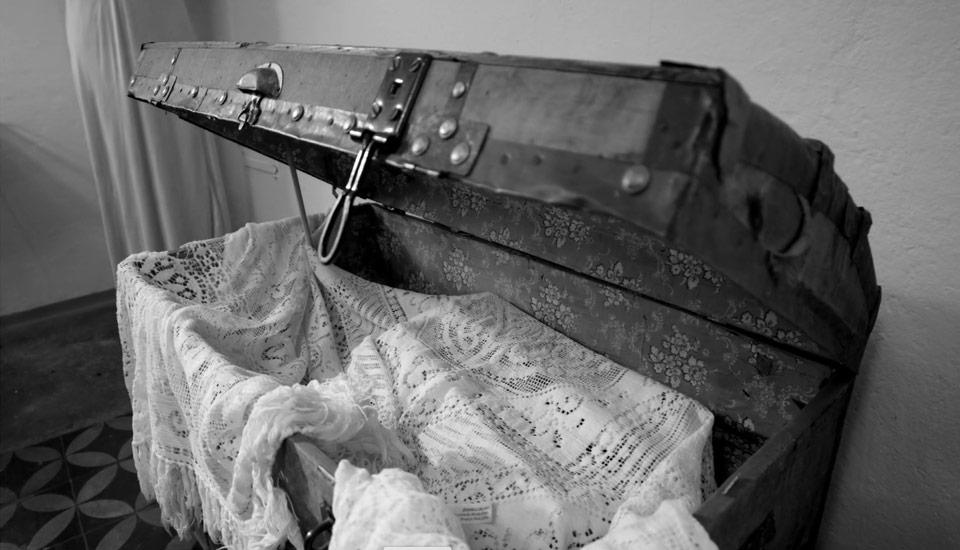 potovalna skrinja kovček aleksandrinka