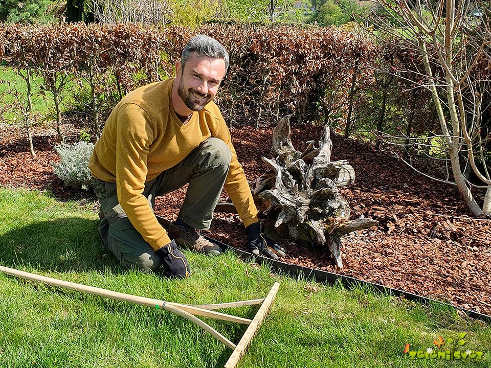 Kako uredimo vrt, odstranimo mah in pognojimo vrtno trato?