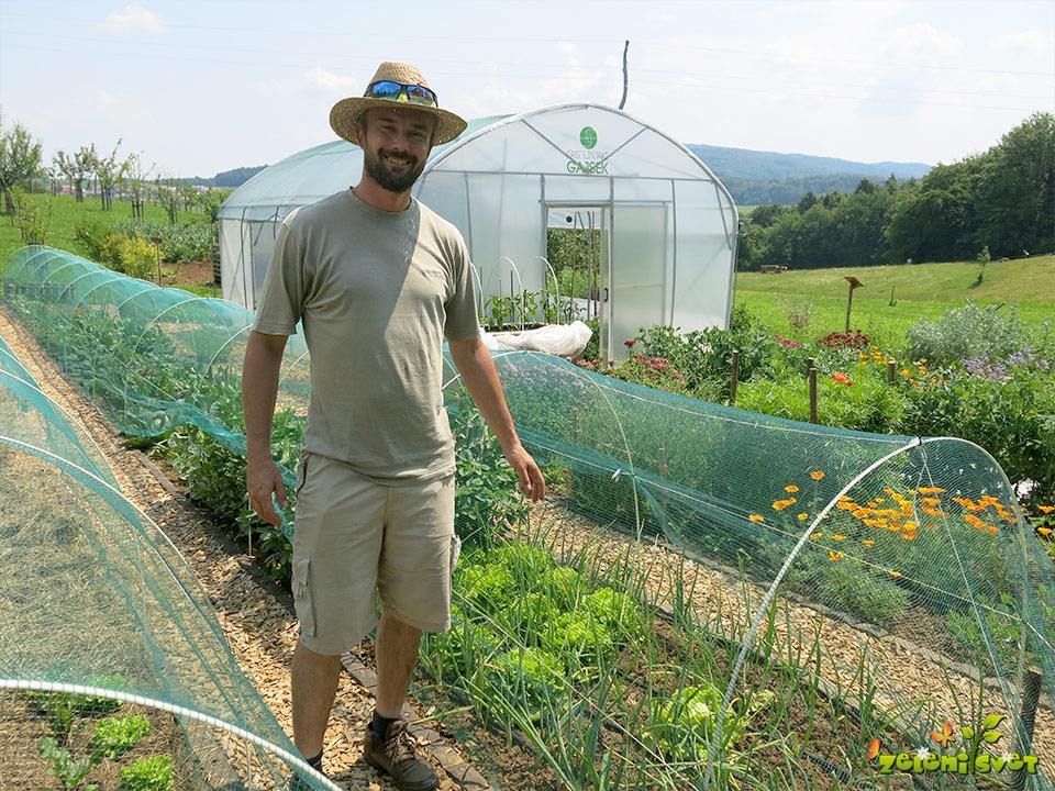 Mreža proti toči, loki za vrt, zaščita pred srnami in temperaturnimi nihanji
